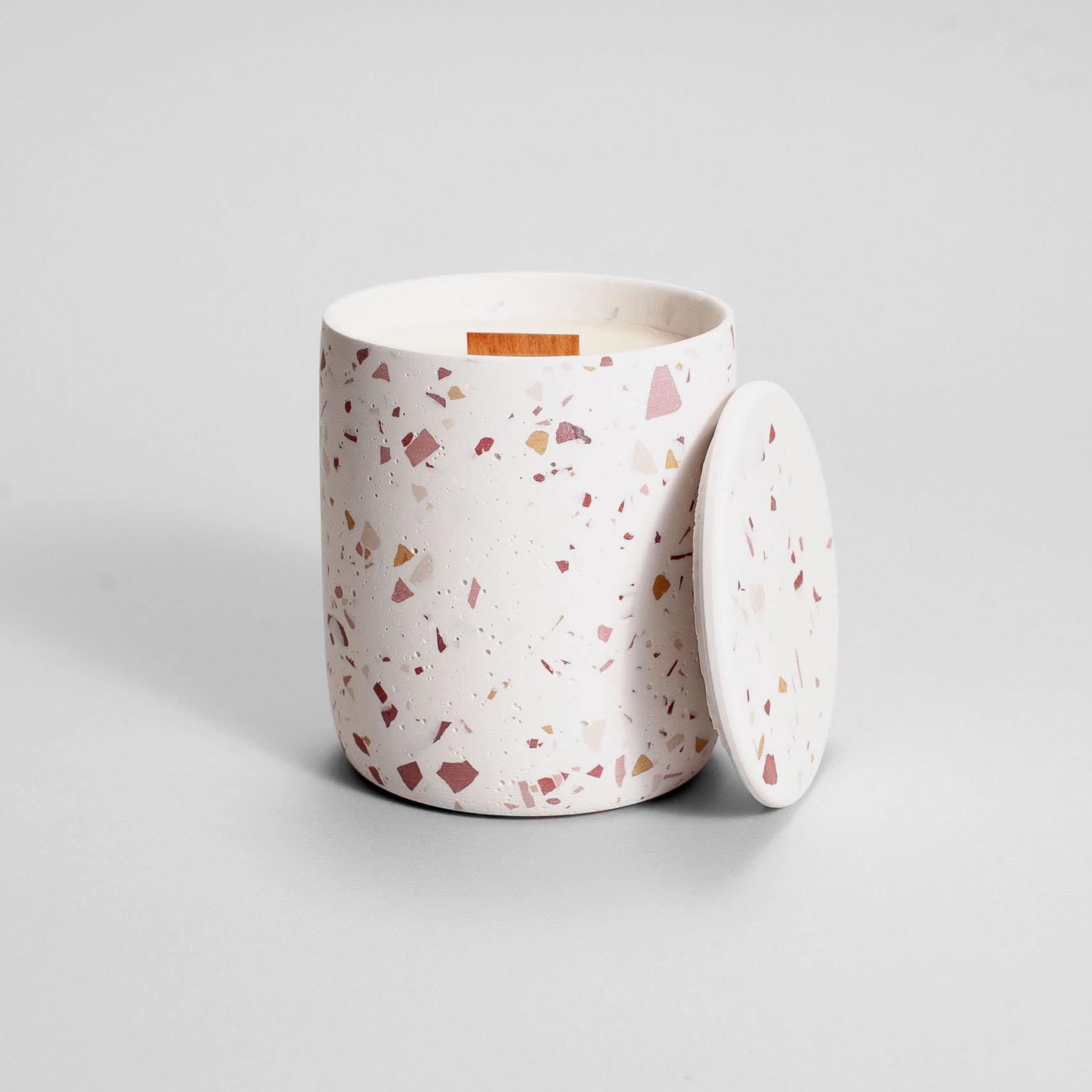 Zdjęcie produktu MEDIO BURGUNDY TERRAZZO - świeczka